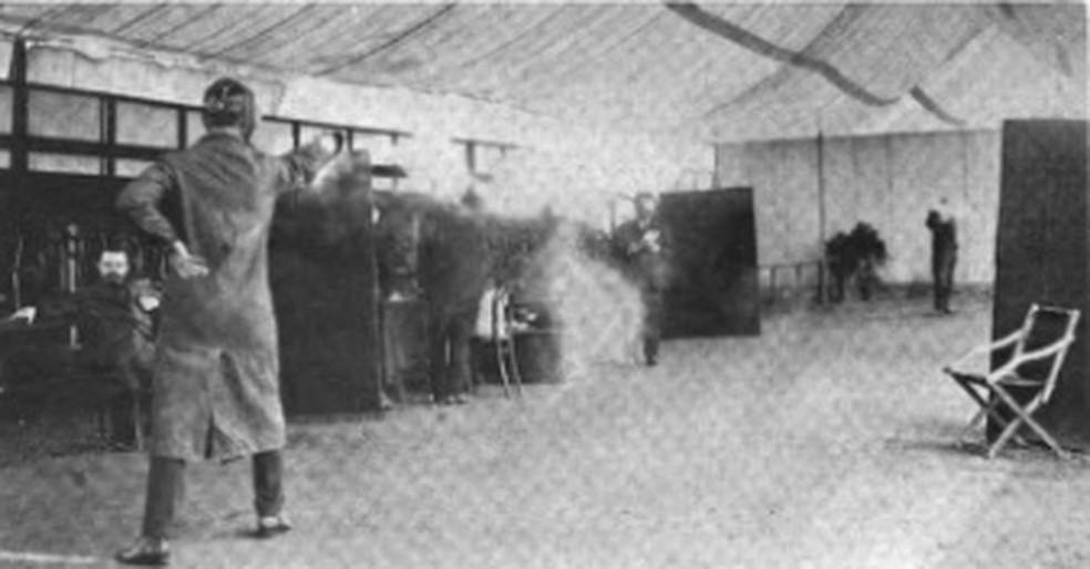 Duelo de pistolas na Olimpíada de 1908 em Londres — Foto: Reprodução