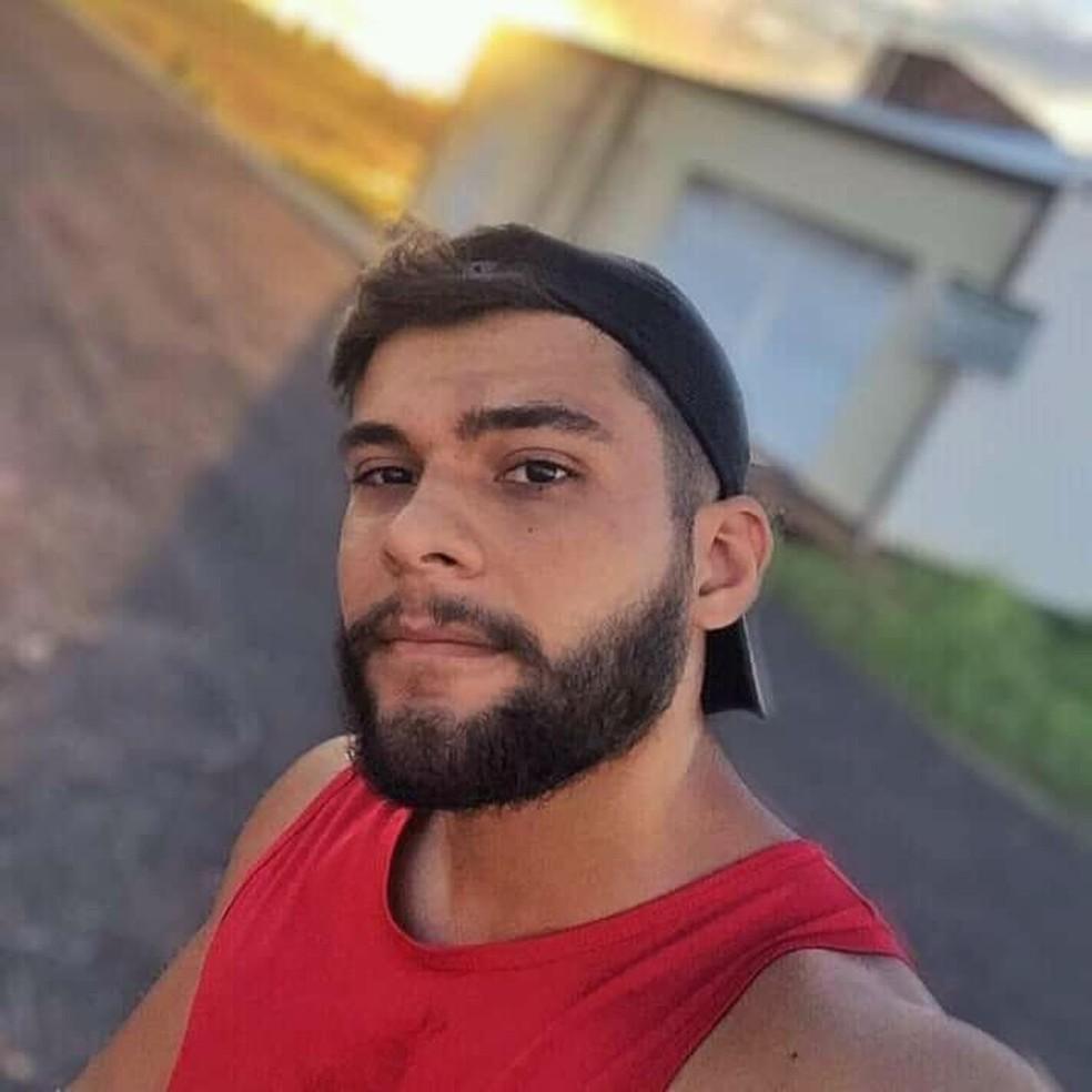 Fabiano Freitas tinha 29 anos e morreu após sua moto bater contra um carro de passeio em Imperatriz — Foto: Divulgação/Arquivo pessoal