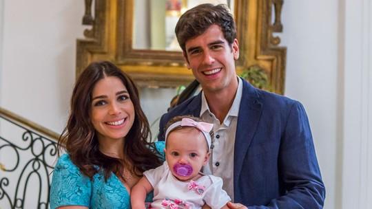 Final de 'Haja Coração': Shirlei e Felipe têm uma filha e formam uma família feliz