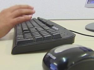 Alunos lotam salas de aula em Pederneiras atrás de qualificação  (Foto: Reprodução/TV Tem)
