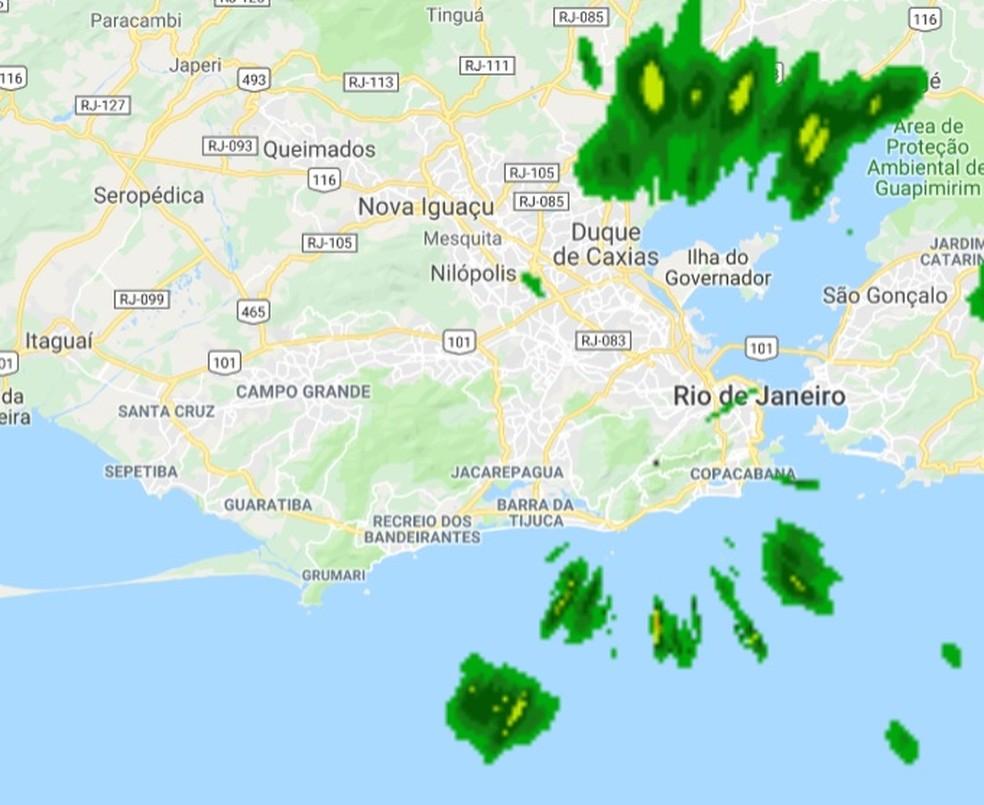 Imagem do radar do Centro de Operações Rio que mostra a chegada de chuva à capital fluminense — Foto: Reprodução/ COR