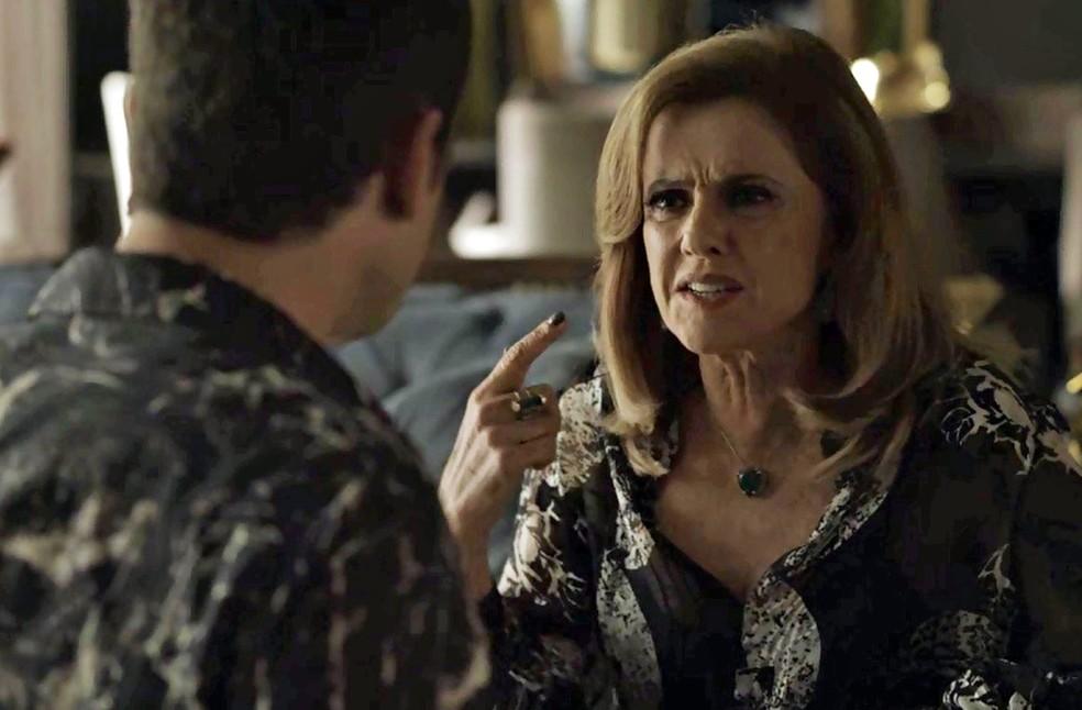 Sophia pergunta se Gael est ficando maluco Foto TV Globo