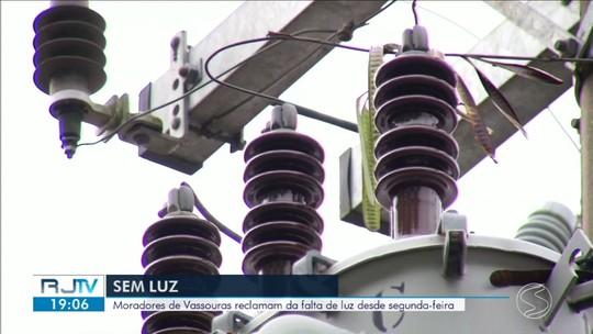 Moradores de Vassouras reclamam da falta de luz durante três dias
