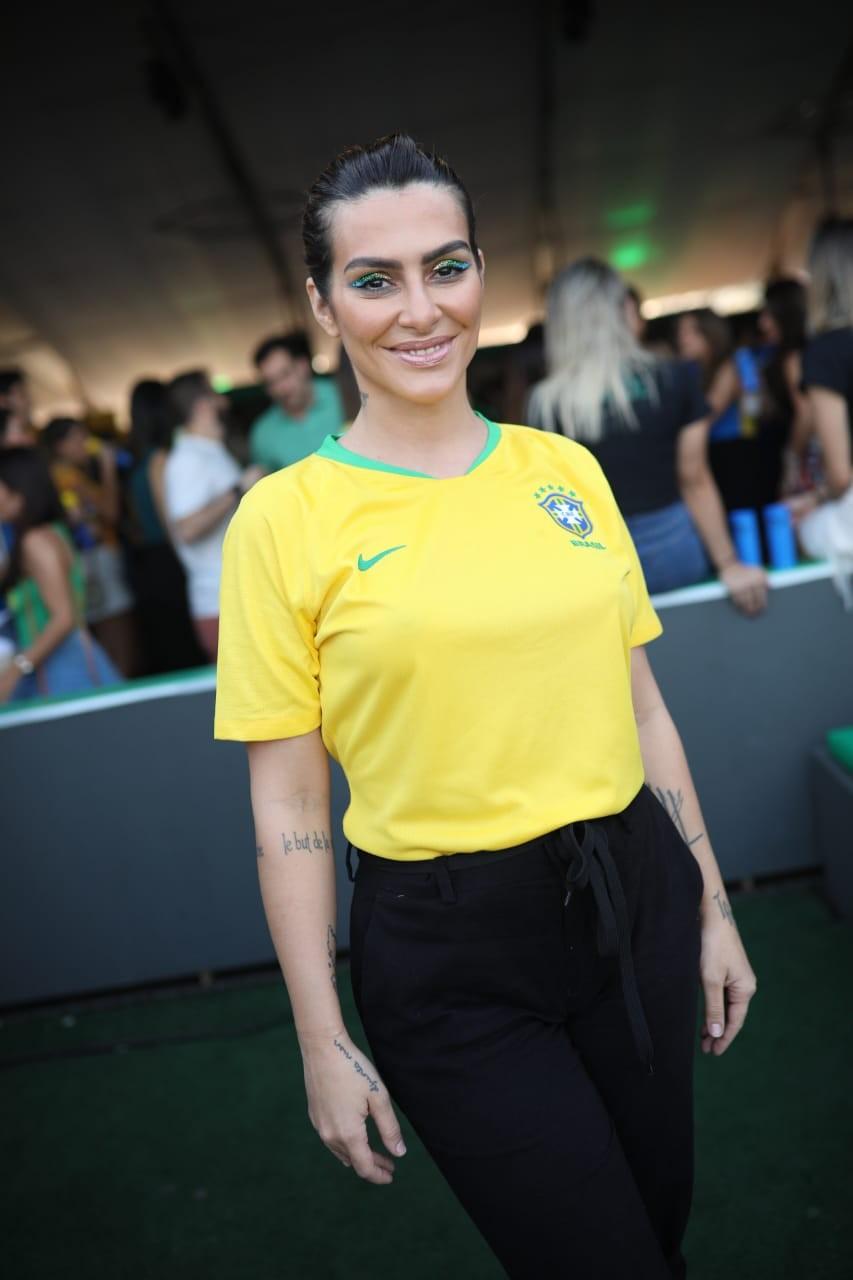 Cleo na festa Fill The Cup, realizada no Lagoon na Zona Sul do Rio (Foto: Divulgação)