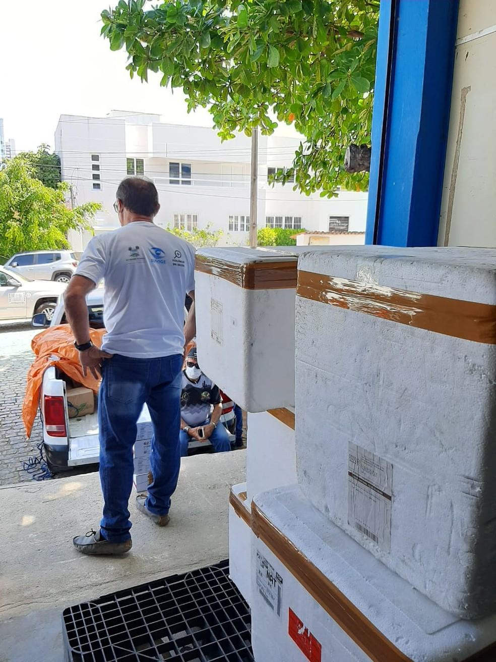Primeiro lote de vacinas para dose de reforço é distribuído aos municípios potiguares — Foto: Divulgação