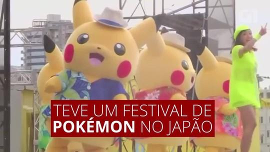 Fãs de 'Pokémon Go' se juntam a Pikachus gigantes em festival de Yokohama