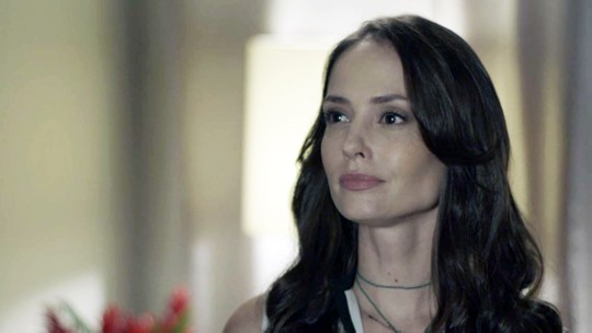 Lara dá dura em Filipe: 'Você está saindo com essa Rita?'