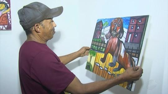 Servente se inscreve em oficina de pintura e obra concorre a prêmio em mostra internacional