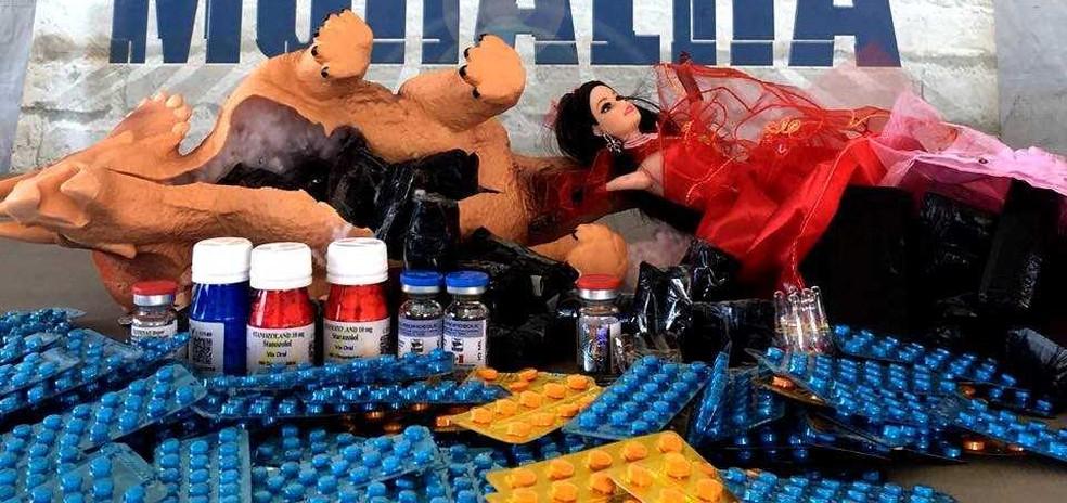 Anabolizantes e medicamentos são descobertos escondidos em brinquedos na fronteira oeste do Paraná (Foto: Divulgação/ Receita Federal)