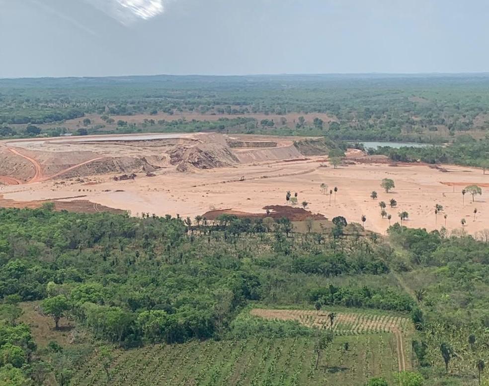 Barragem de rejeitos de lavras de ouro se rompeu  — Foto: Divulgação