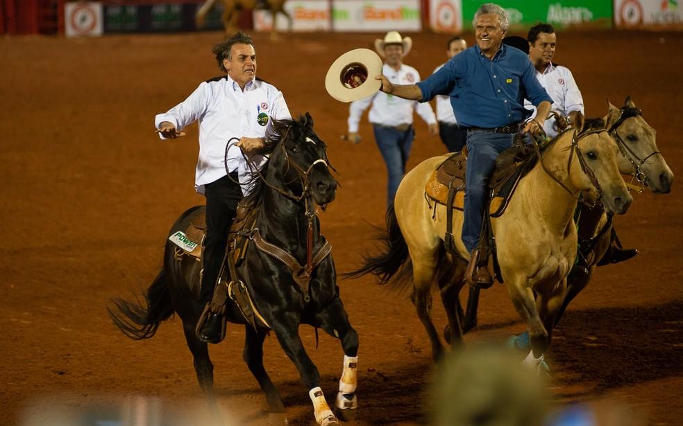 Presidente Jair Bolsonaro andou a cavalo na Arena da 64ª Festa do Peão de Barretos, SP â?? Foto: Ã?rico Andrade / G1