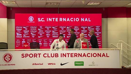 Zé Ricardo é apresentado como o novo técnico do Internacional até final de 2019