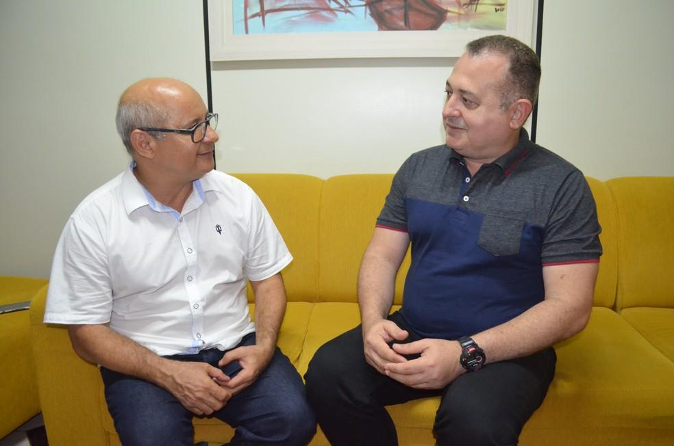 -  Valdomiro de Sousa e Deam James Azevedo são candidatos à reitoria pela chapa  Por uma Ufopa compartilhada   Foto: Adonias Silva/G1