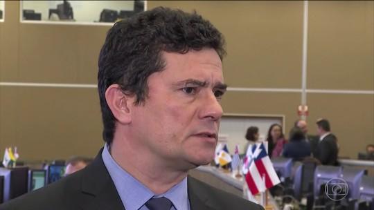 Ministro Sérgio Moro questiona autenticidade de mensagens atribuídas a ele