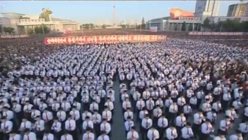 Manifestação antiamericana em Pyongyang (Foto: Reuters)