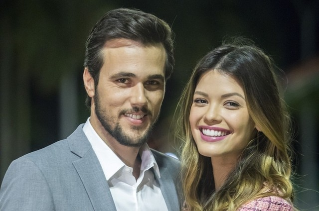 Rafael (Bruno Ferrari) e Kyra (Vitória Strada) (Foto: TV Globo)