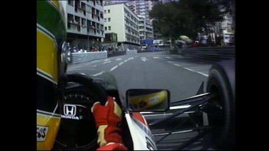 Onboard clássica #17: a incrível habilidade de Ayrton Senna com a McLaren nas ruas de Monte Carlo