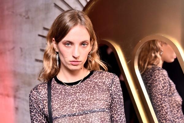A modelo, fotógrafa e artista Petra Collins (Foto: Getty Images)