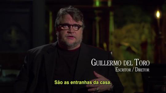 Guillermo del Toro e Mia Wasikowska falam sobre 'A colina escarlate'