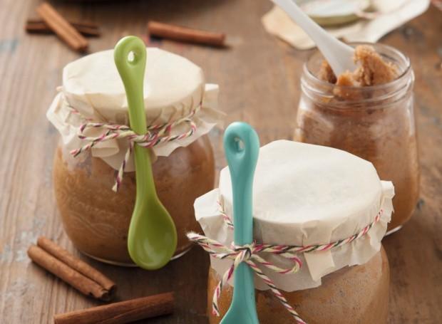 Bolo de maçã com nozes e mel  (Foto: Alex Silva / Editora Globo)