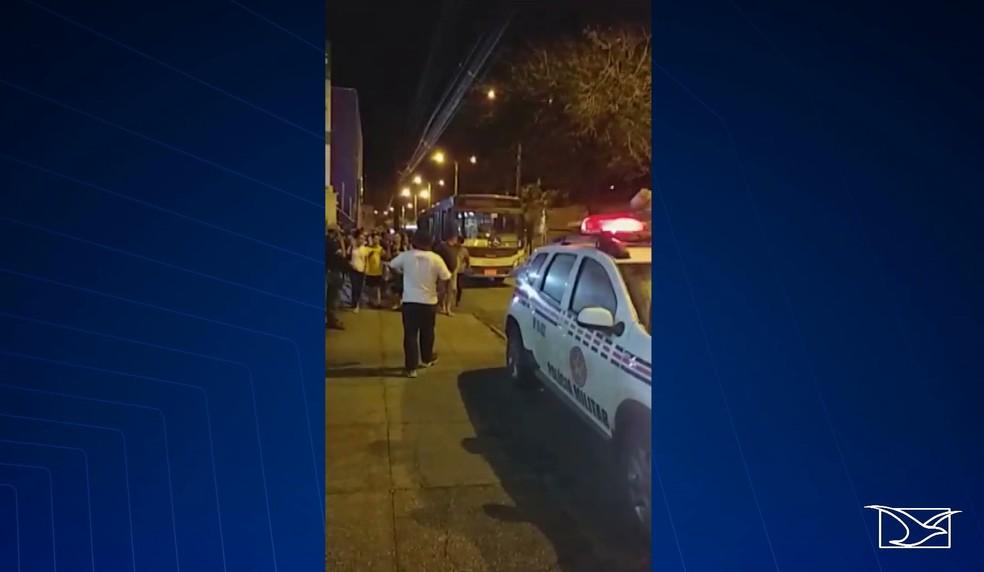 Passageiro Alexsandre Dias foi morto a tiros por um homem que havia entrado no ônibus em São Luís — Foto: Reprodução/TV Mirante