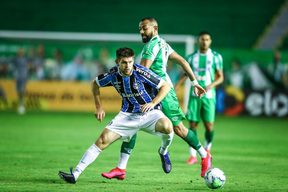Kannemann em ação contra o Juventude, no Alfredo Jaconi — Foto: Lucas Uebel / Grêmio FBPA