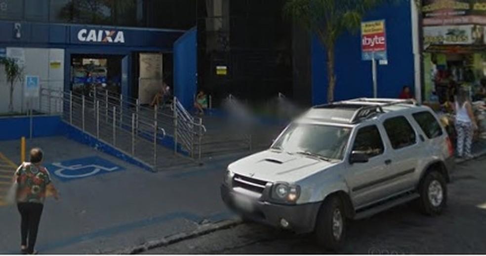 Agência da Caixa Econômica Federal do Alecrim, na Zona Leste de Natal, estará aberta — Foto: Google Maps