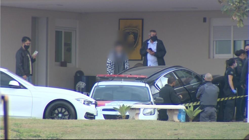 Adolescente atirou e matou o pai em condomínio de Valinhos (SP) — Foto: Clausio Tavoloni/EPTV