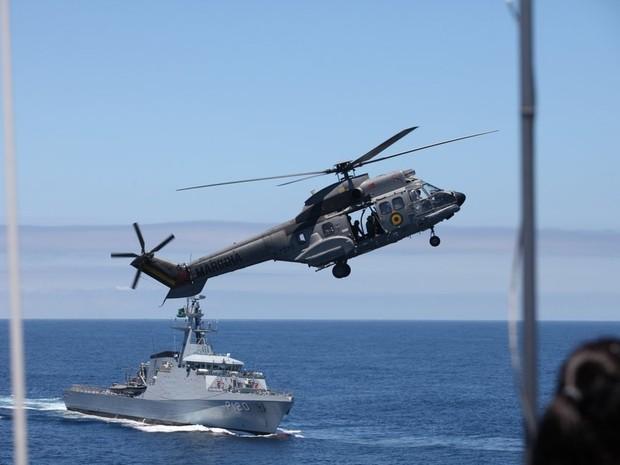 Operação Atlântico III fez simulação de ataque a navios em alto-mar (Foto: Rodrigo Gorosito/ G1)