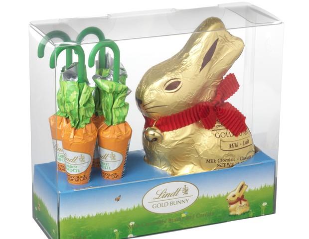 Gold Bunny com cenouras ao leite (154g) I Chocolate ao leite em formato de coelho com cenouras de chocolate ao leite I Da Lindt, R$61,90 (Foto: Divulgação)