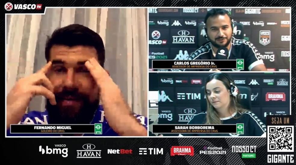 Fernando Miguel se emociona em entrevista do Vasco — Foto: Reprodução