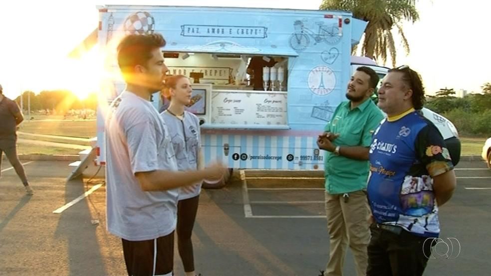 Festival de food truck vai arrecadar alimentos para ONG de Araguaína  (Foto: TV Anhanguera/Reprodução)
