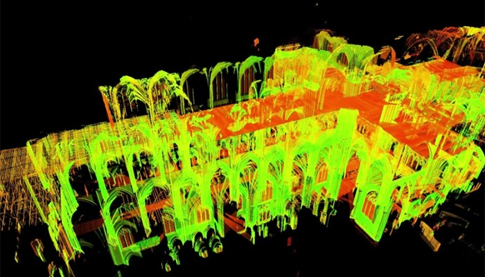 Andrew Tallon fez uma reprodução da catedral (Foto: Reprodução/National Geographic)