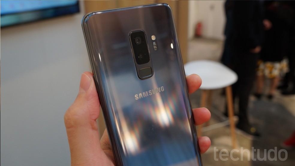 Leitor de digital do Galaxy S9 e do Galaxy S9 Plus está posicionado abaixo das câmeras (Foto: Thássius Veloso / TechTudo)