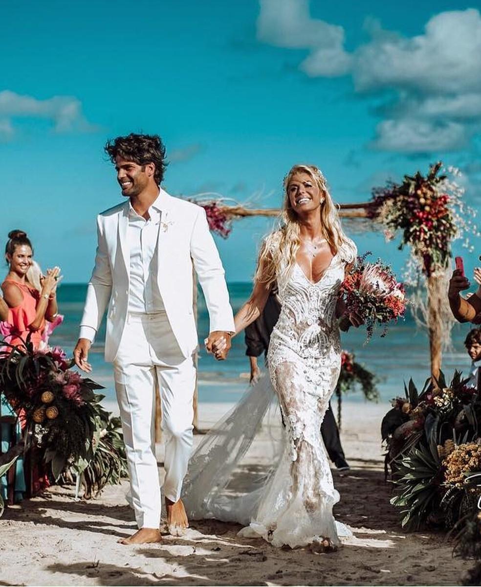 Caroline Bittencourt e Jorge Sestini casaram em janeiro deste ano — Foto: Reprodução/Instagram