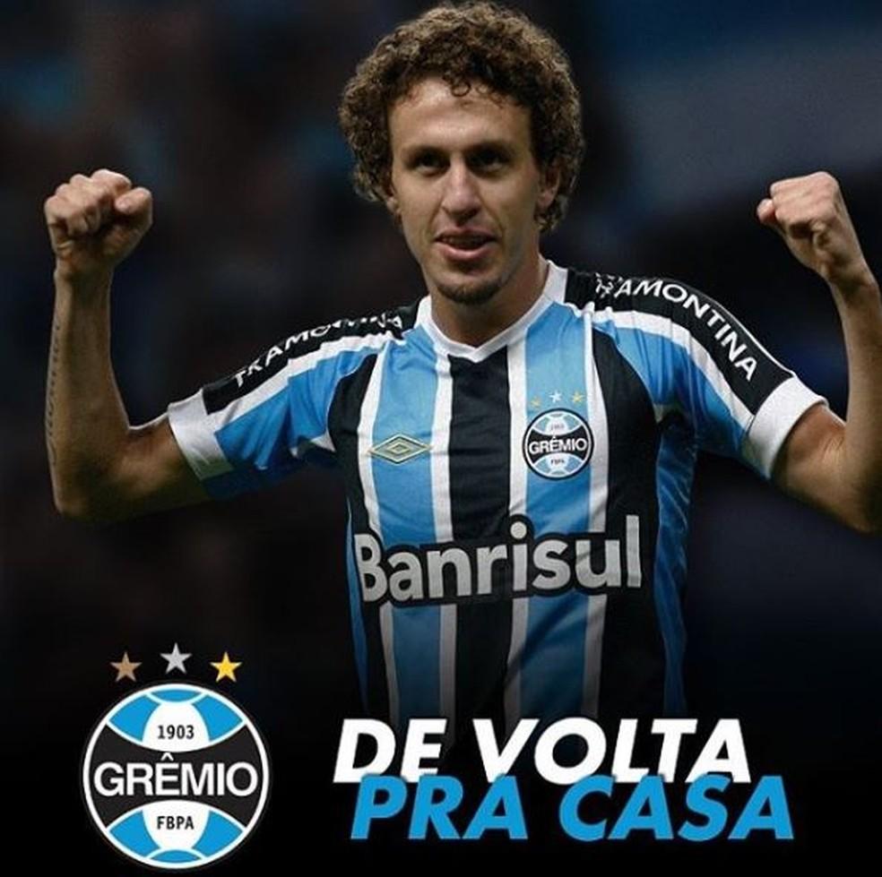 Rafael Galhardo comemora acerto com o Grêmio — Foto: Reprodução / Instagram