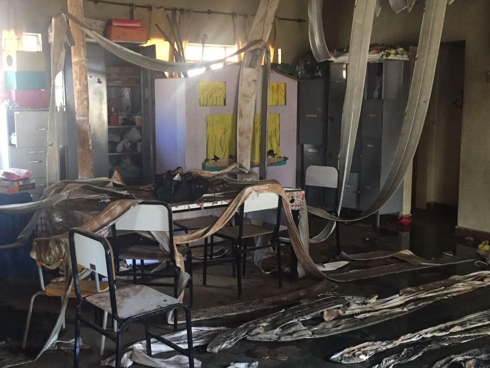 Creche ficou destruída após o ataque em Janaúba (Foto: Natália Jael/Inter TV Grande Minas)