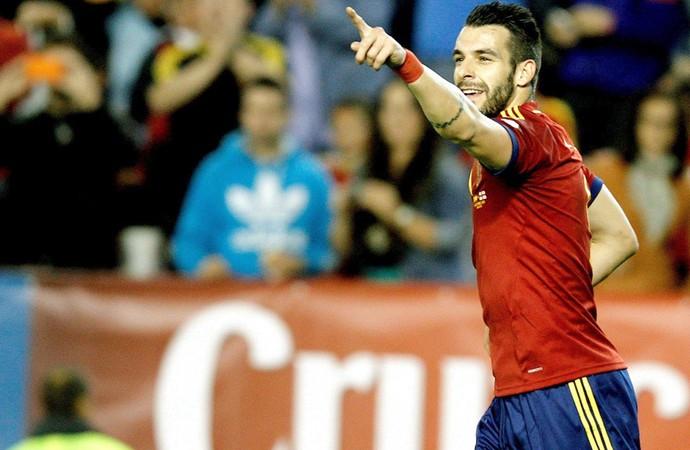 Negredo comemora gol da Espanha contra a Geórgia  (Foto: Agência EFE)