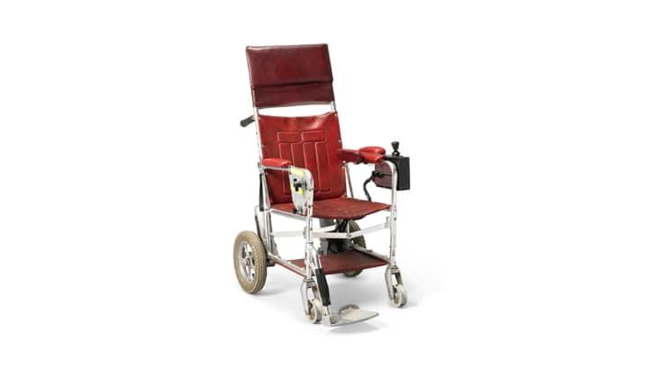 Cadeira de rodas que será leiloada  (Foto: Divulgação/ Christie's)