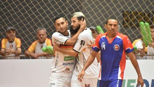 Íbis do Futsal  Time se despede da LNF com 1 ponto e 137 gols ... c3ce046ef10af