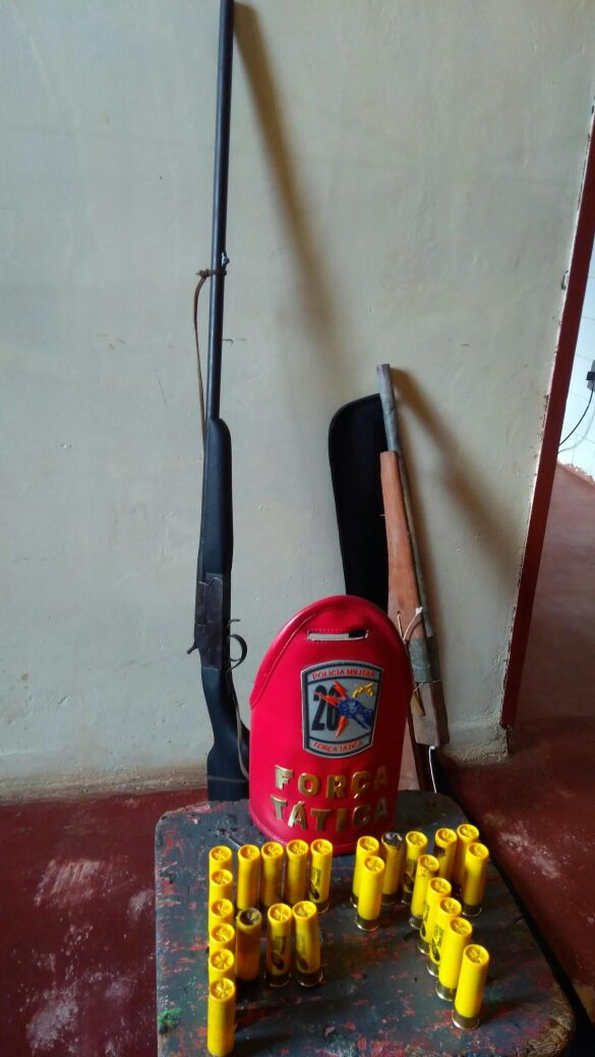 Mulher é presa com duas espingardas e 25 munições em Caracaraí, Sul de RR