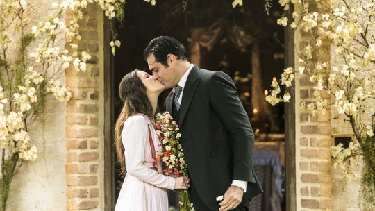 Veja os melhores momentos dos casais de 'Orgulho e Paixão'!