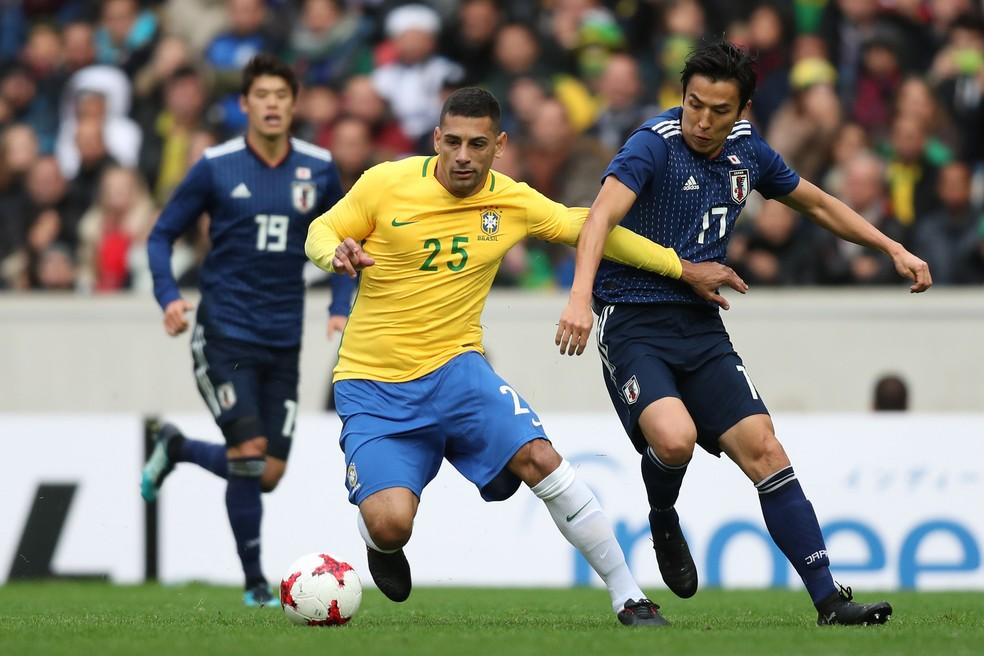 Diego Souza está na briga por uma vaga na Copa do Mundo de 2018 (Foto: Lucas Figueiredo/CBF)