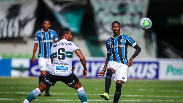 Grêmio desperdiça a chance de colar no G-4