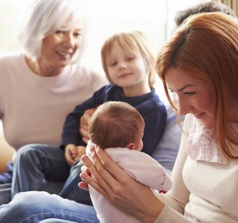 Visitar o recém-nascido exige cuidados