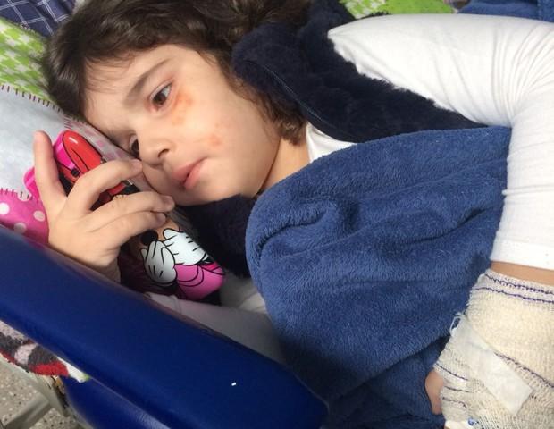 Alice precisou de internação para tratar a doença (Foto: Arquivo pessoal)