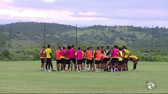 Flamengo de Arcoverde acredita na base para surpreender
