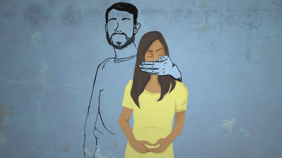 BBC - Mariana, de 16 anos, chegou acompanhada do susposto companheiro de 34. Os defensores suspeitaram que a jovem sentia medo do homem e a encaminhou para um abirgo em Boa Vista (Foto: CECILIA TROMBESI/BBC)
