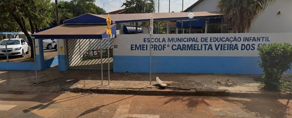 Escola Municipal de Educação Infantil (Emei) Professora Carmelita Vieira dos Santos em Uberlândia  — Foto: Google Street View/Reprodução