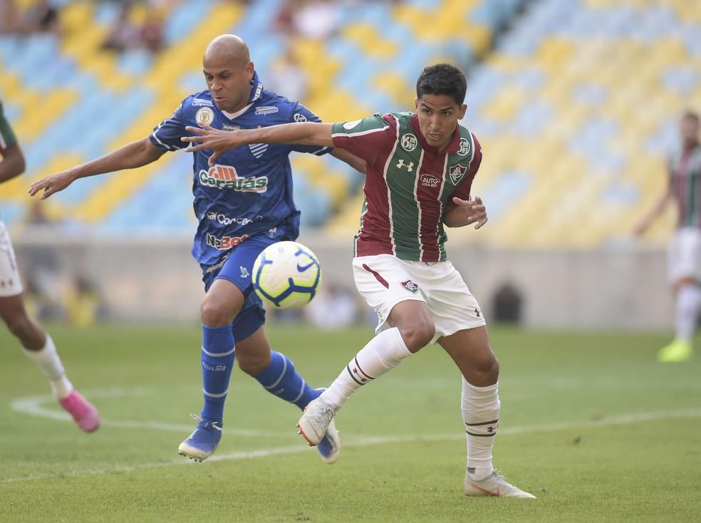 Carlinhos reencontrou o Fluminense no Maracanã em 2019 — Foto: André Durão